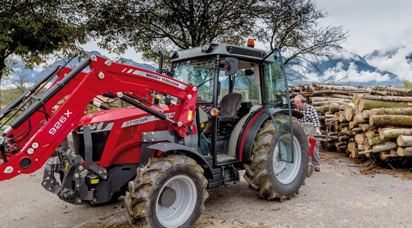 MF 3700 traktorius 10