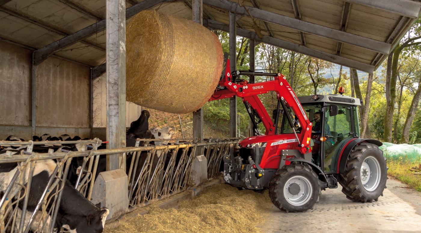 MF 3700 traktorius 12